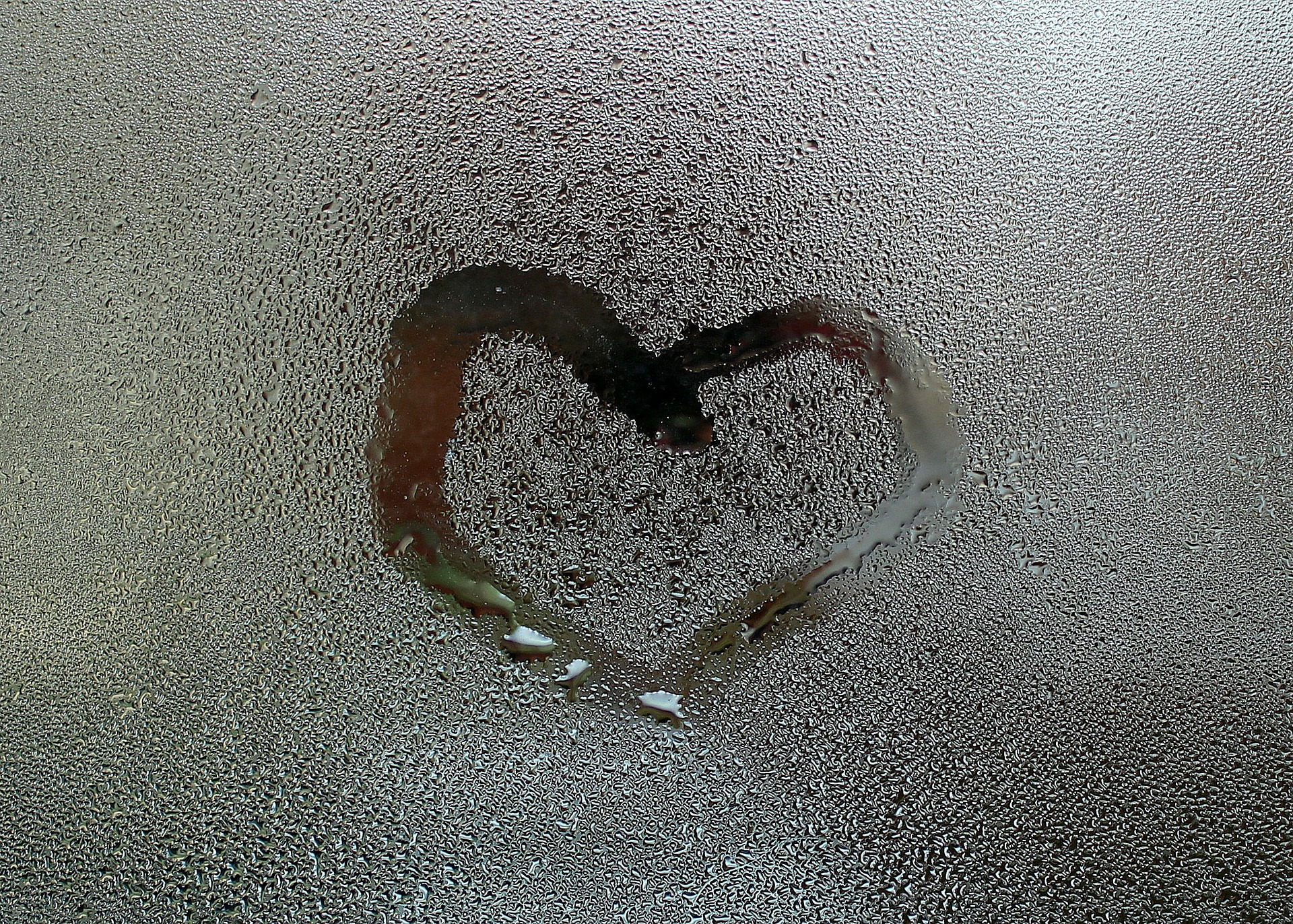 heart-3059107_1920